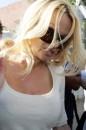 Pamela Anderson Signora In Bianco