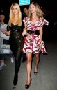 Paris Hilton passeggiata notturna con la sorella