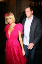 Paris Hilton Signora in Rosso a New York