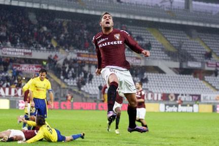 Danilo D'Ambrosio esulta: ha appena realizzato il gol del momentaneo 2-2