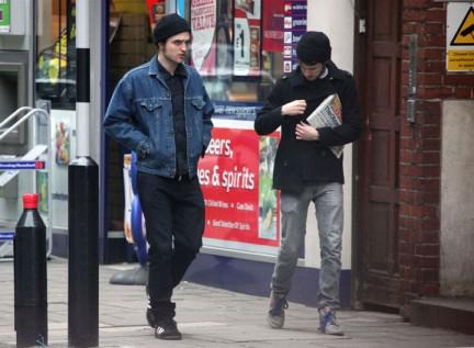 Robert Pattinson: a Londra e nuove foto Remember Me