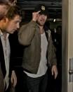 Robert Pattinson assediato dai paparazzi