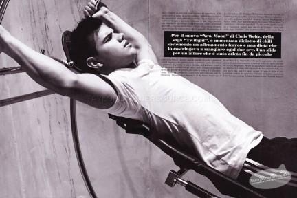 Taylor Lautner in L'uomo Vogue