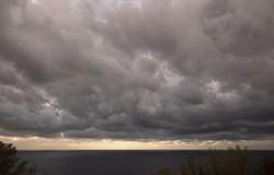 """""""Mare in tempesta"""""""