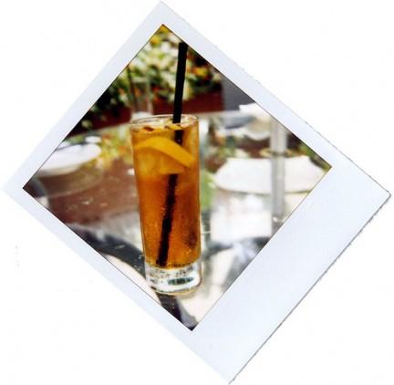 Long Island Iced Tea in un pomeriggio estivo