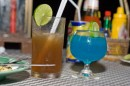 Long Island Iced Tea in compagnia di Blue Hawaii