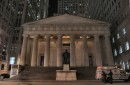 Federal Hall di notte