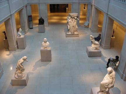 Statue all'interno del Museo