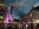 Passeggiando tra le luci di Las Vegas