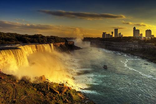 Cascata del Niagara al tramonto