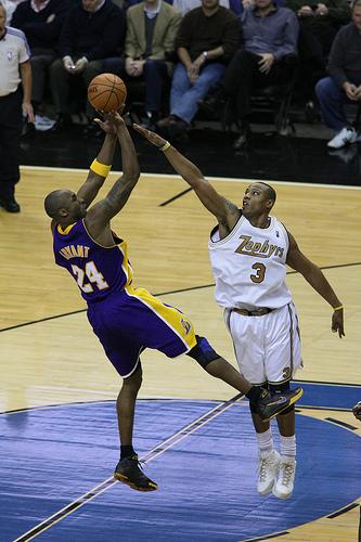 Kobe Bryant al tiro