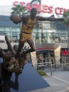 Statua di Magic Johnson allo Staples Center