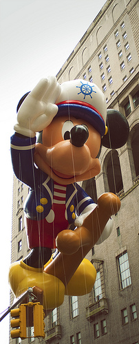 Macy's Thanksgiving Day Parade Topolino
