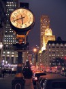 New York Fifth Avenue clock