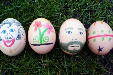Uova dipinte per la corsa alle uova