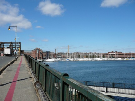Freedom Trail sul ponte tra Boston e Charlestown