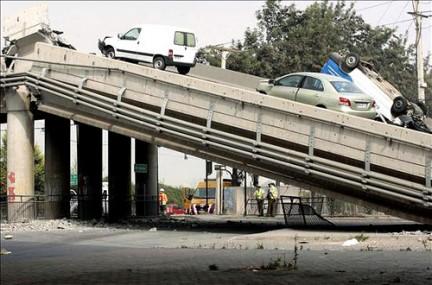 Un ponte distrutto